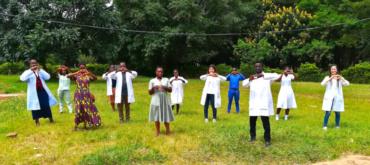 Volontarie in Tanzania durante il lockdown